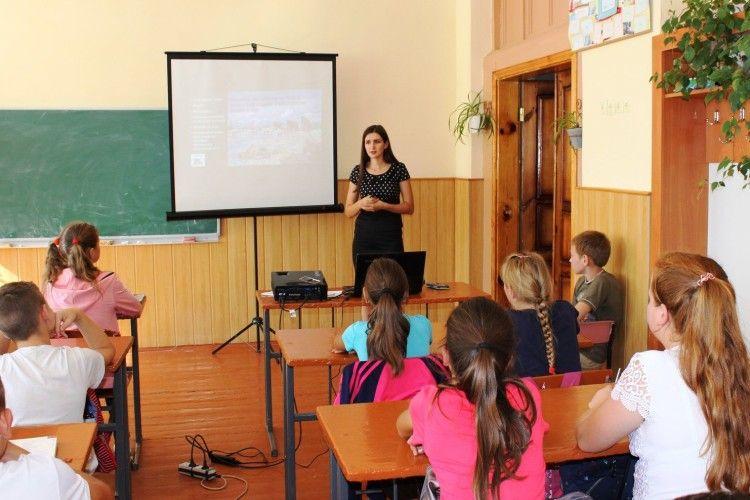Дернівських школярів вчили любити рідну природу
