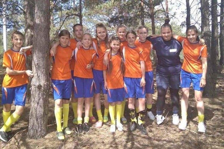 Володимир-волинські футболістки розгромили закарпаток «всуху»