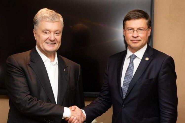 Кримська платформа і позасудові розправи в Україні: про що ще Порошенко говорив із Віце-президентом Єврокомісії