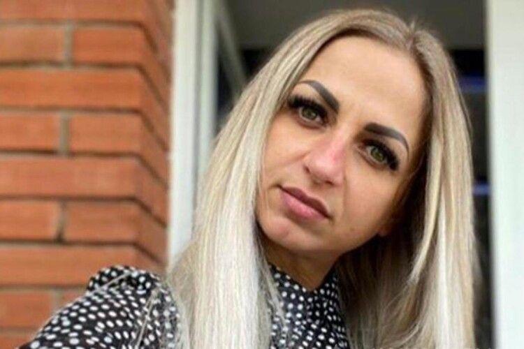 Ночувала в авто та плакала через проблеми: загадково померла 34-річна жінка (Фото)