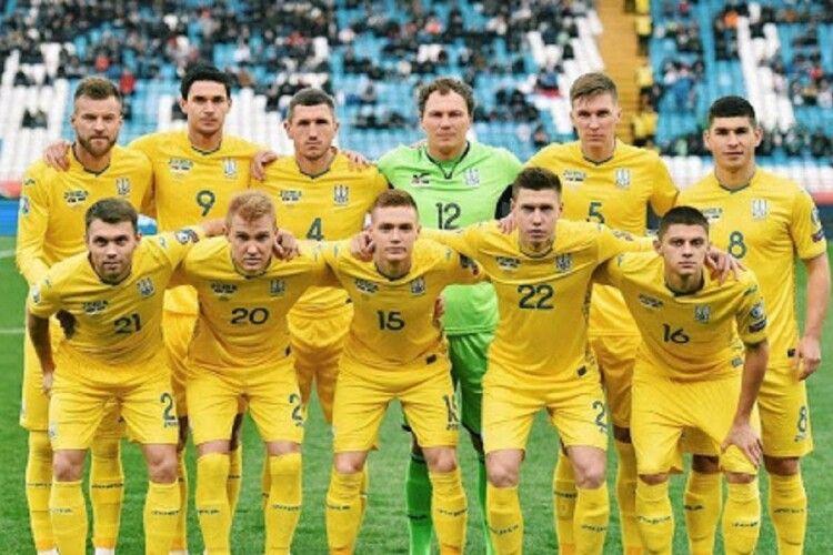 COVID-19 продовжує «добивати» збірну України