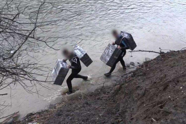 В усьому винні контрабандисти: митниця знайшла головного ворога реформи