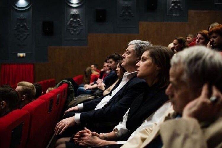Порошенко привітав українських кіномитців: дякую всім, хто у складні часи відроджує наше кіно