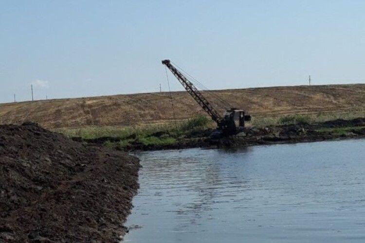 У Михлині на Волині розчистили джерело для освячення води