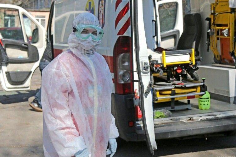 В Україні за добу 9 травня зафіксовано 15 232  випадки COVID-19 (522 нові)