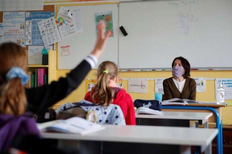 «Готові йти на ризики»: у МОЗ розкрили особливості роботи шкіл з 1 вересня