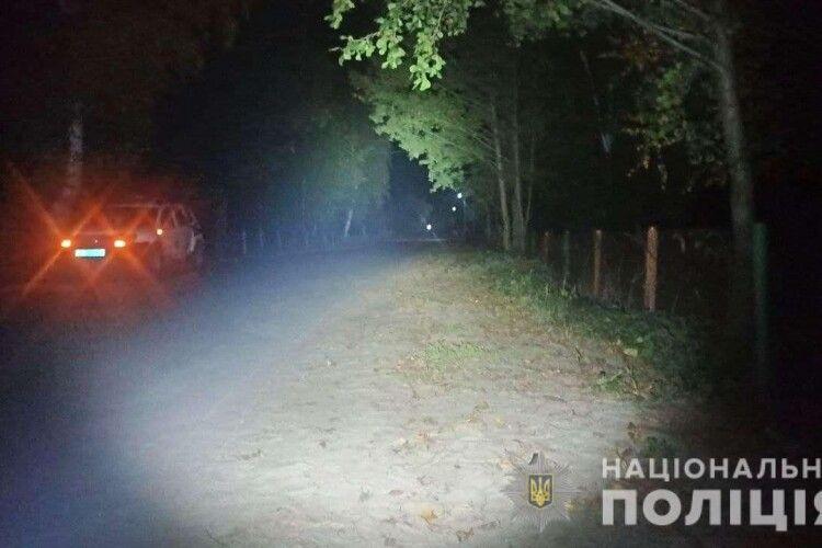На Рівненщині юний водій залишився без гомілки, а мотоцикл загадково зник з місця ДТП