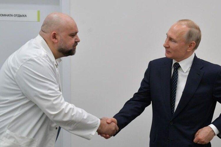 Олег Сенцов: «Не з нашим щастям, та все ж»: у лікаря, який зустрічався з Путіним, виявили коронавірус