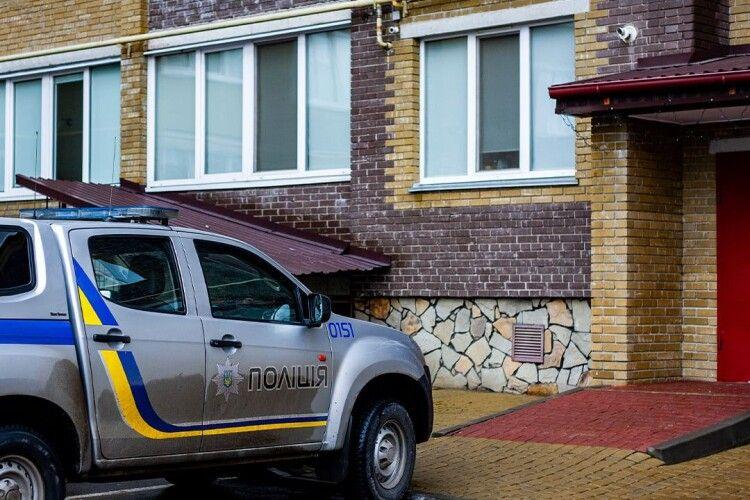 Лучанин затримав жінку, яка намагалася проникнути в чужу квартиру