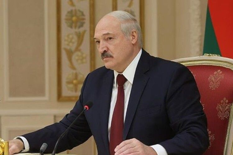 Лукашенко пригрозив Україні санкціями