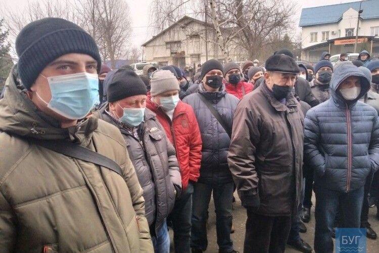 Працівники шахти «Бужанська» з вівторка залишаються під землею