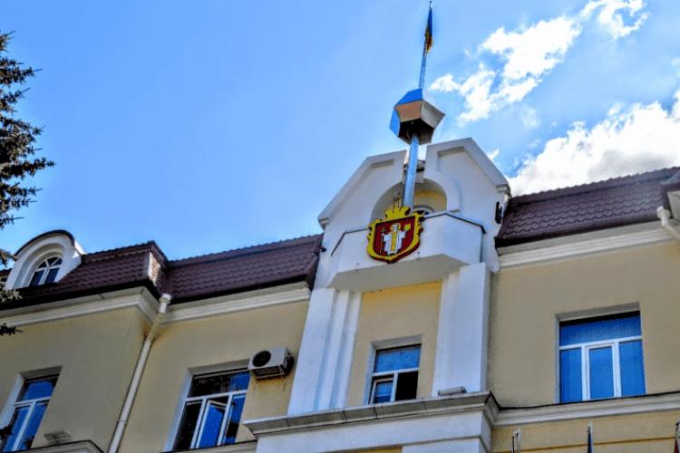 У Луцькій міськраді утворили сім фракцій і визначили їх керівників