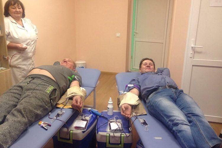 Понад 30 селян здали кров  для хворих земляків