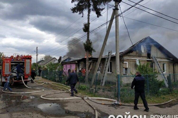 Сім'ї, які постраждали внаслідок пожежі в місті Рожище, отримають матеріальну допомогу