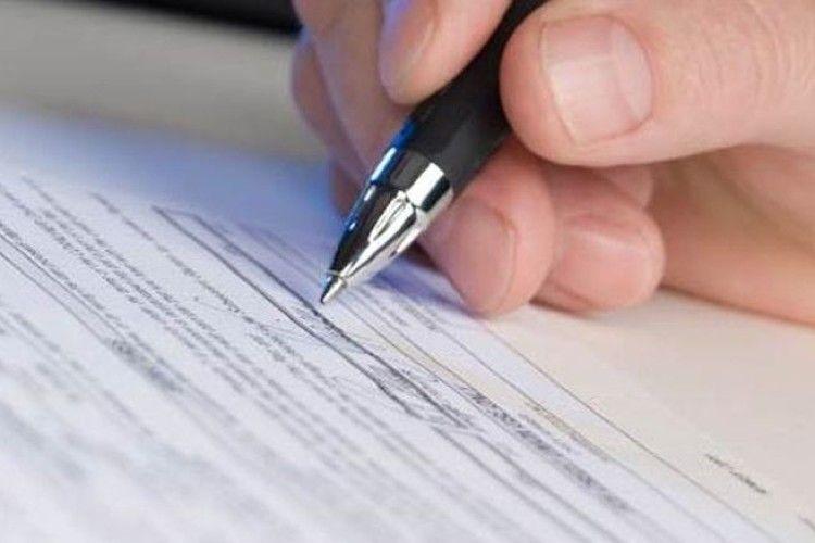Волинського поліцейського підозрюють у підробленні офіційного документа
