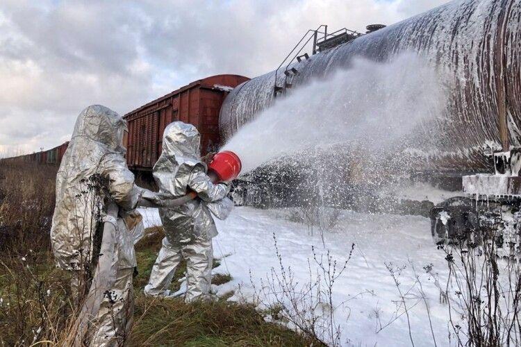 У Ковелі рятувальники загасили умовну пожежу на найбільшому залізничному вузлі краю (Відео)