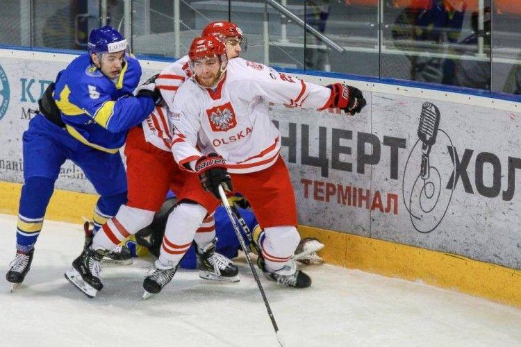 Боляче, але очікувано: поляки взули українців у хокей із рахунком 5:1