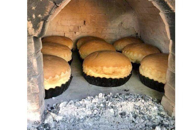 Бабині руки пахли молоком тасвіжоспеченим хлібом. Наша ранкова добірка
