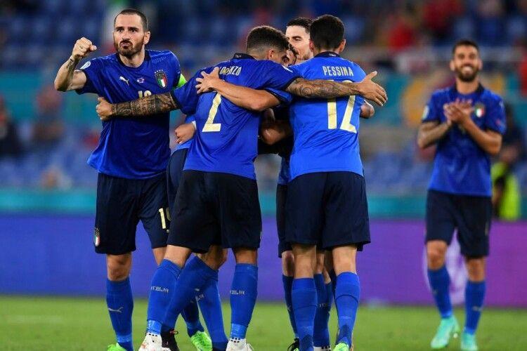 Волинський кріль влучає точно в ціль і достроково виводить збірну Італії в 1/8 фіналу Євро-2020 (Відео)