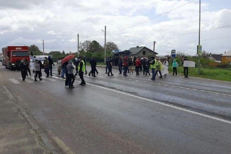 Селяни заблокували більшість трас біля Львова