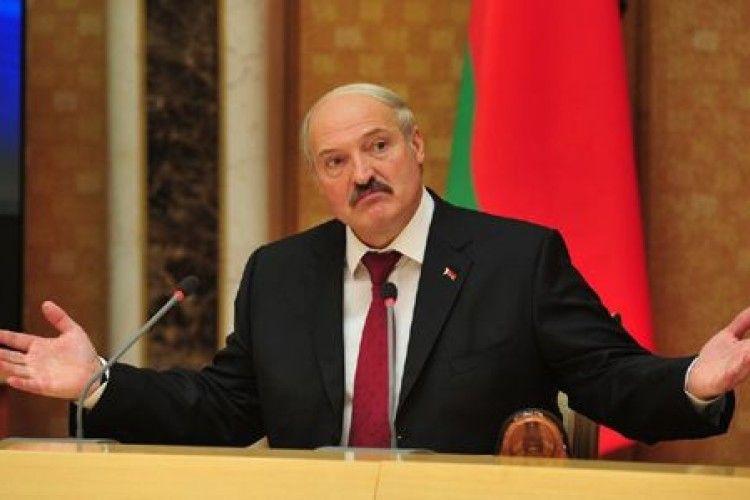 Лукашенко вирішив не називати Росію «братською державою»