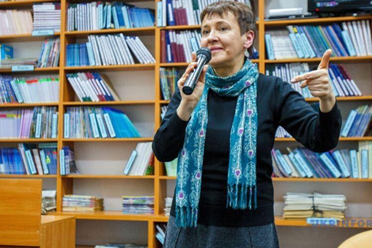 Забужко похвалила «Європейську солідарність» за В'ятровича у списку і сказала,  що проголосує за партію Петра Порошенка