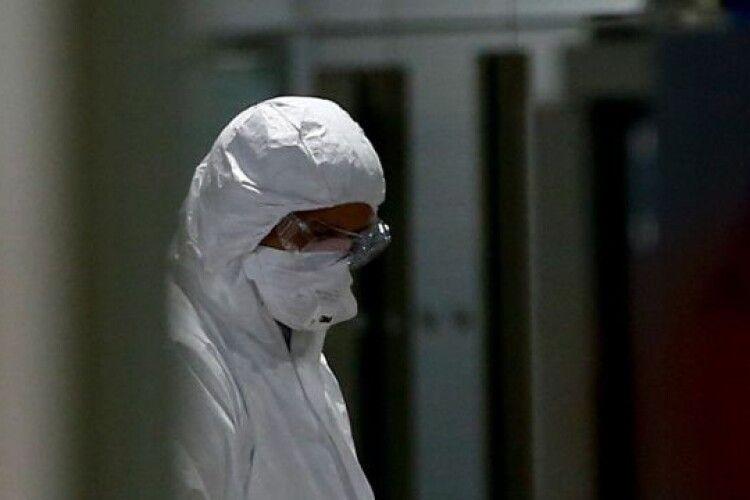Дружина вченого зУханя померла від COVID-19щедопочатку пандемії