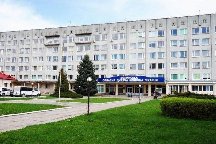 Волинські неонатологи рятують і 500-грамових пацієнтів