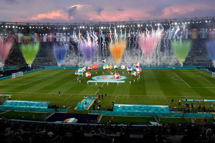 Волинський кріль-прогнозист неначе у воду дивився: Італія в матчі-відкритті Євро-2020 розтрощила Туреччину (Відео)