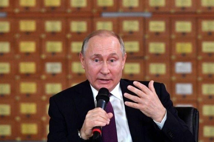 МЗС України передало Москві ноту протесту в зв'язку з незаконним візитом Путіна до окупованого Криму