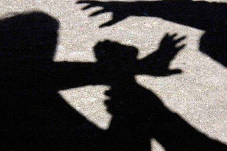 За розбійний напад на сім'ю 6 чоловіків відсидять по 10 років