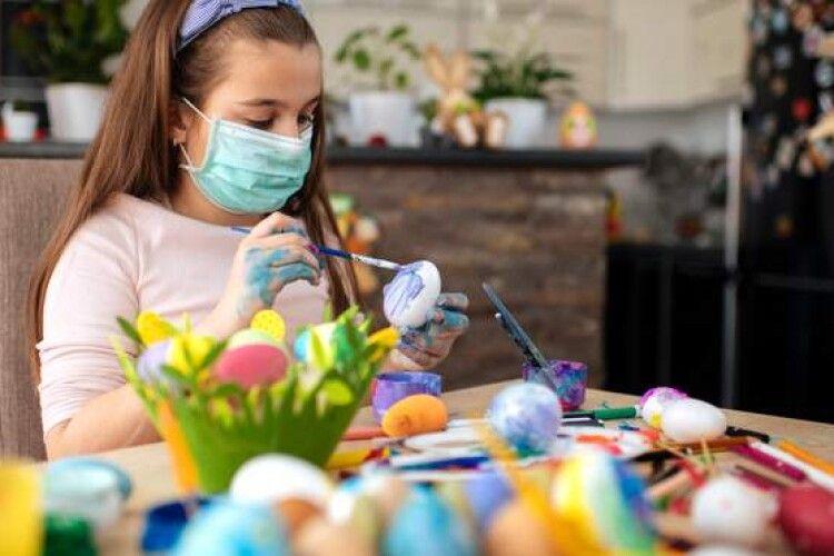 Пандемія коронавірусу: у МОЗ розповіли, як готуються до Великодня