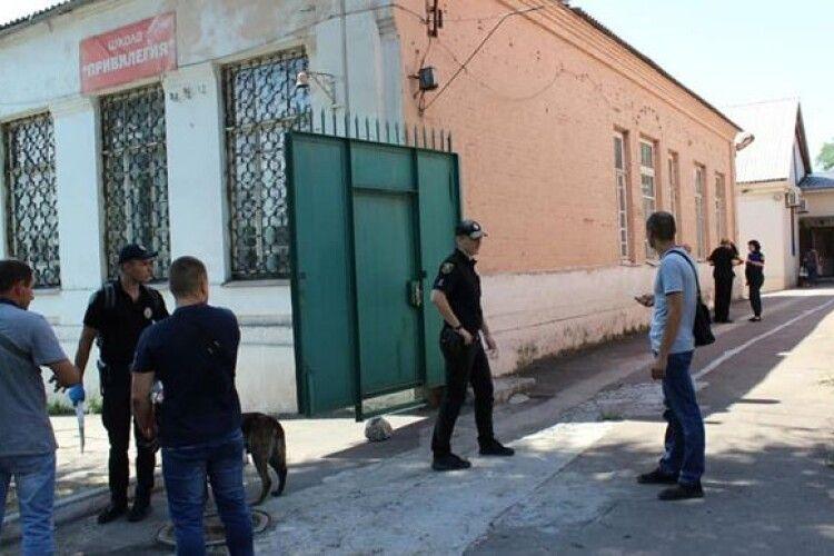 У Маріуполі озброєний сокирою чоловік вчинив напад на синагогу