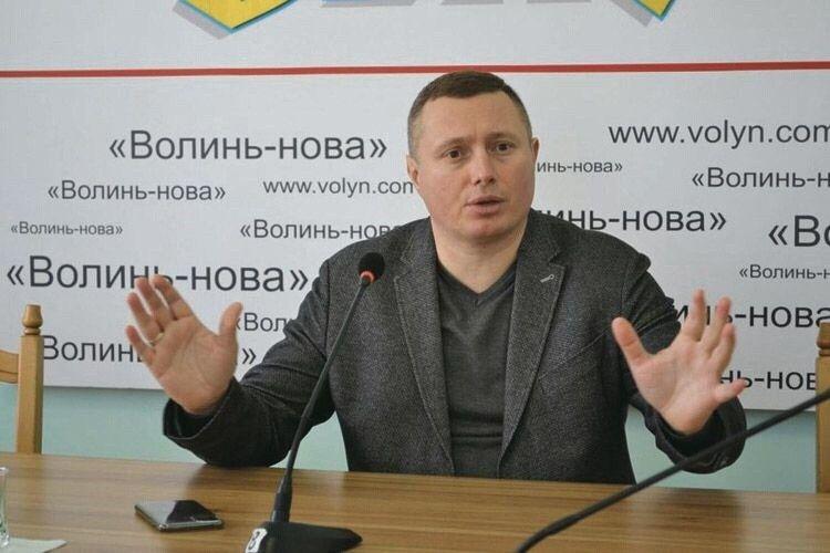 Стало відомо, скільки заробив у квітні голова Волинської ОДА