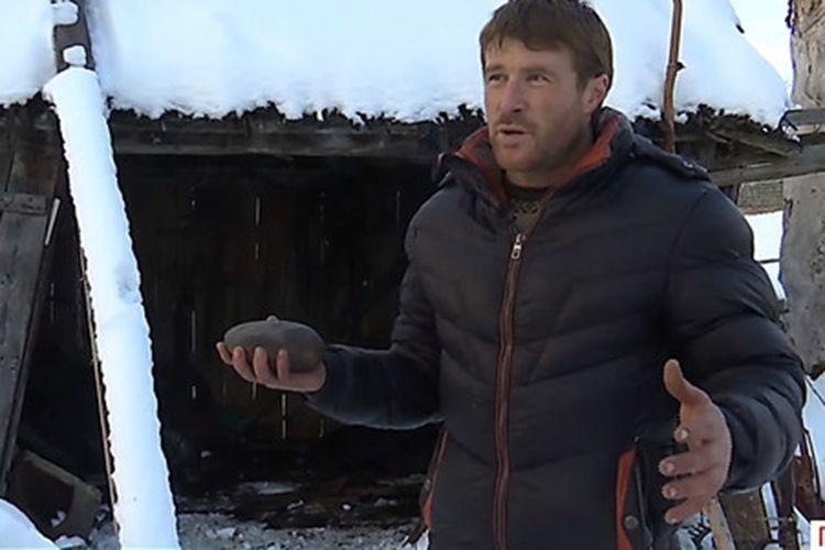 «Думав спочатку, що кинули гранату. А це так падав на мій гараж… метеорит!»