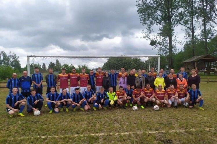 Відбулася перша гра футбольного чемпіонату Любомльщини. Хто виграв