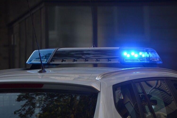 Водій Opel протаранив два дерева й загинув: відео моменту ДТП