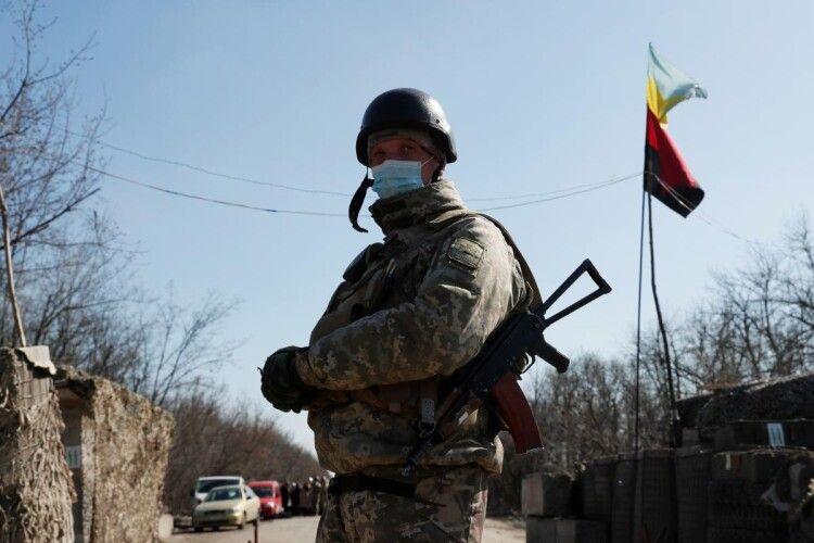 Бойовики на Донбасі з мінометів обстріляли позиції ЗСУ