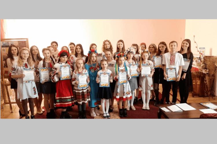 У Камені-Каширському відбувся конкурс читців (Список переможців)