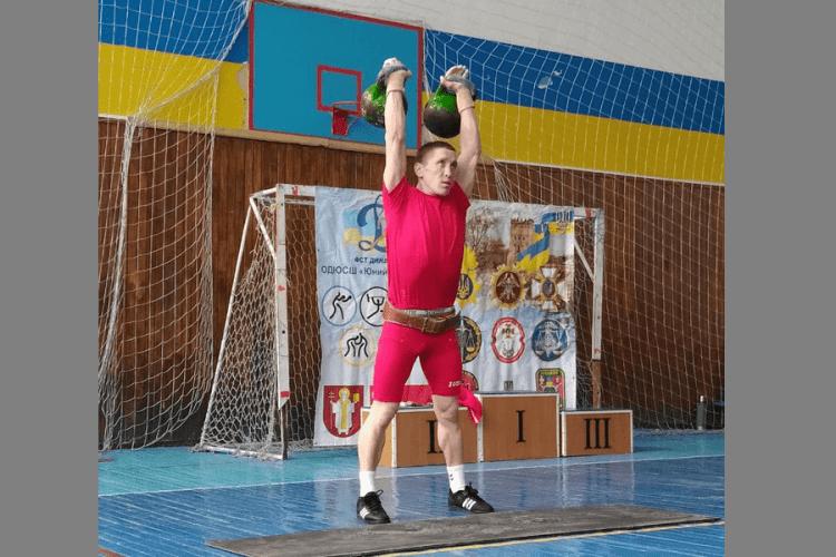 Волинські рятувальники здобули перемогу в змаганнях з гирьового спорту