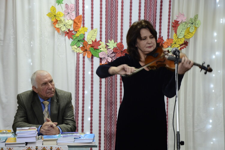 У Ковелі відбувся творчий вечір почесного громадянина міста Анатолія Семенюка