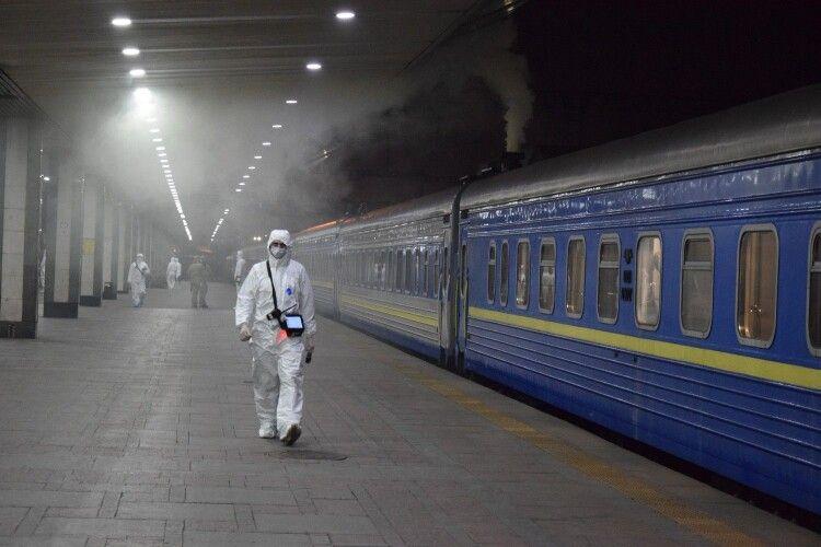 Із Києва до російської столиці відправився потяг «Київ-Москва-Київ» (Фото, відео)