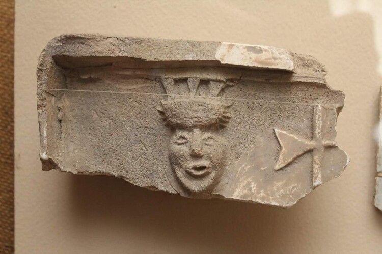 Музейники показали, як виглядав луцький кликун 600 років тому