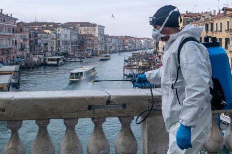 В Італії від коронавірусу вже померло понад 100 тисяч людей