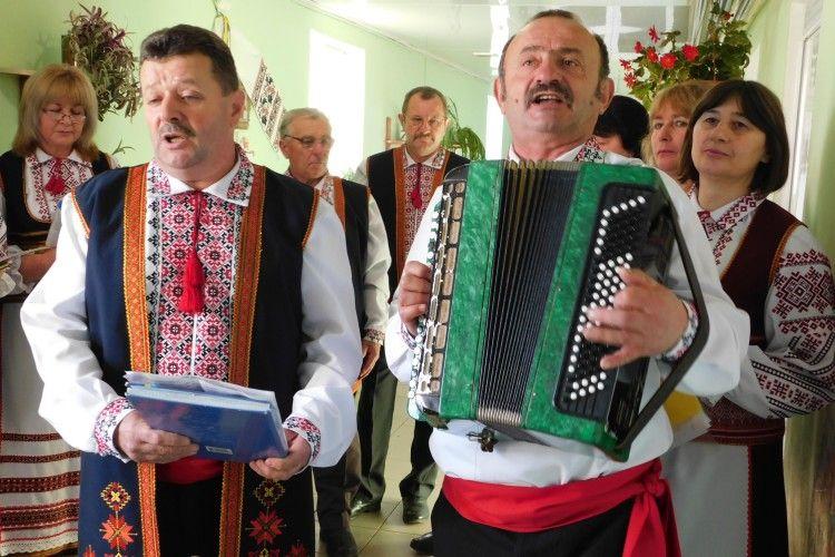 На Горохівщині хліборобів із професійним святом вітав хор «Хлібодар»