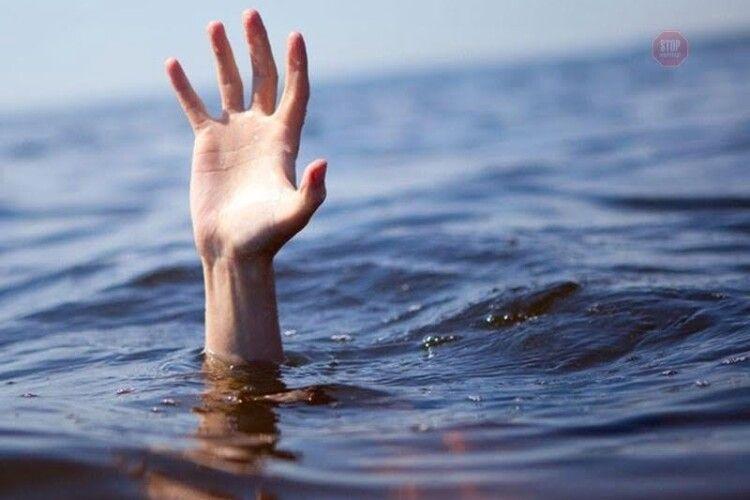 На Рівненщині у ставку втопилася жінка