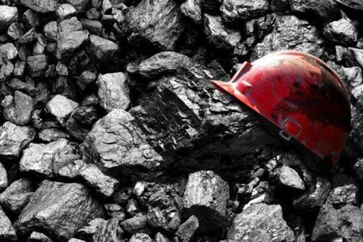 На Луганщині під час обвалу на шахті загинув шахтар
