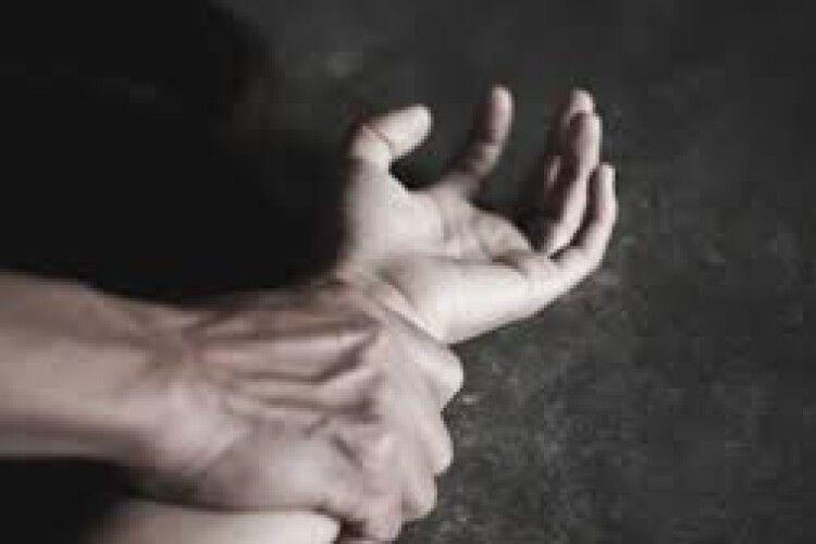У місті на Волині зґвалтували дівчину