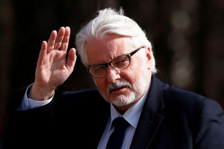 У Польщі змінили дев'ятьох міністрів – скандальний українофоб Ващиковський також у відставці