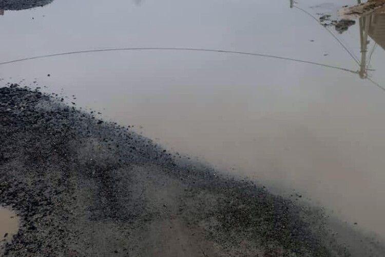 Новорічні дощі затопили у Ковелі вулицю